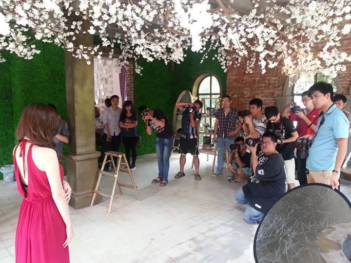 Khóa học thực hành chụp ảnh cưới
