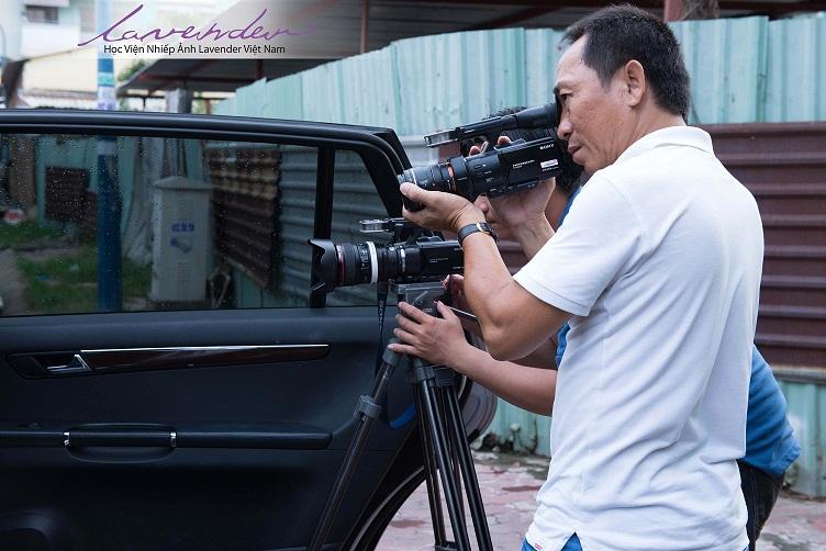 Học quay và dựng phim