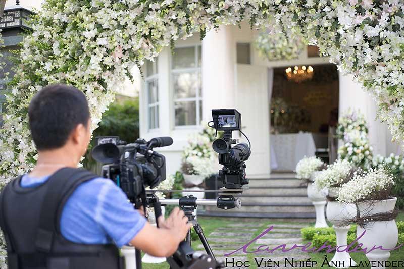 Đào tạo thợ chụp ảnh cưới có tâm