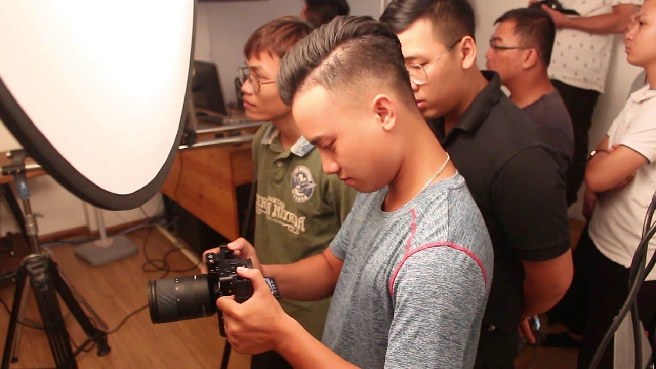 tuyển học việc quay phim 2019