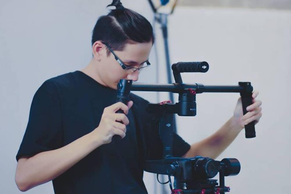 Dạy quay phim cho người mới bắt đầu