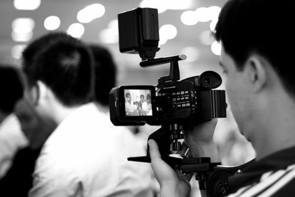 Đào tạo nghề quay phim cho người mới bắt đầu