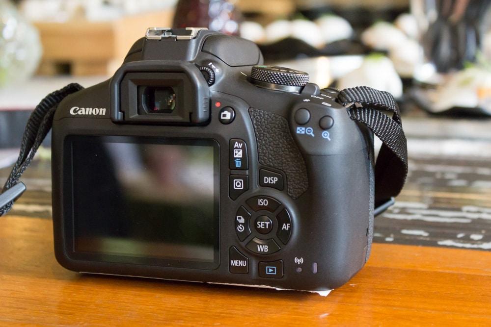 Máy chụp hình tốt giá rẻ